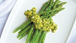Asparagus with Chopped Egg Gremolata